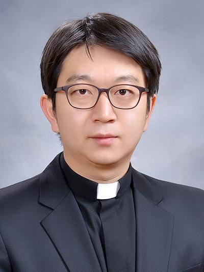 김여명 토마스아퀴나스 부주임신부님